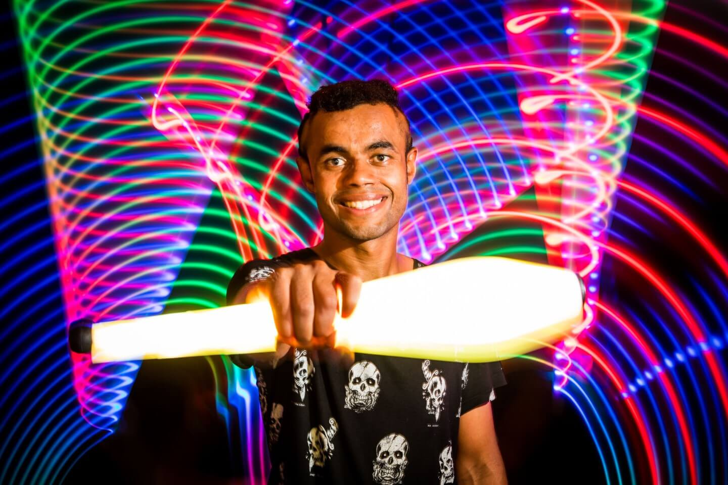 liglab-light-juggling-led-k8-malabares-paraguay-convention-